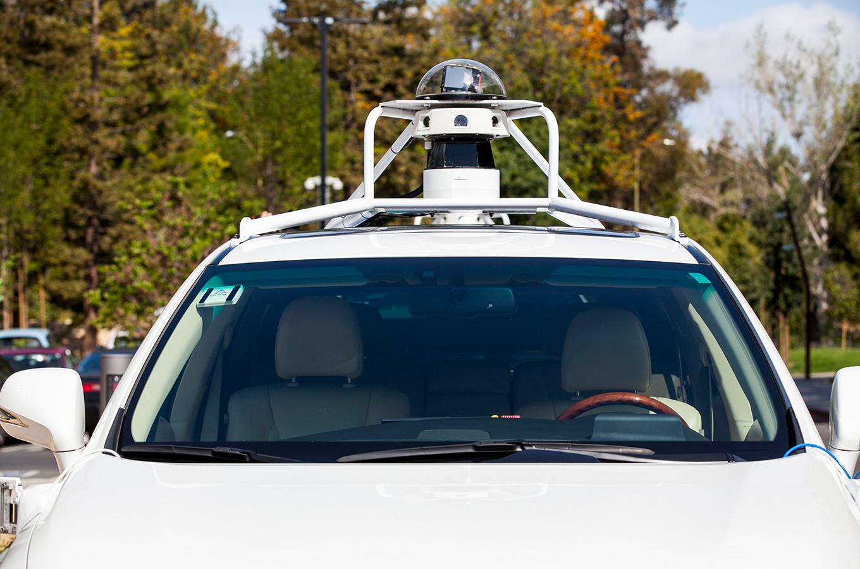 Apple удвоила автопарк тестовых беспилотников на фоне аварии c машиной Uber. Победит ли она других техногигантов на этом рынке?