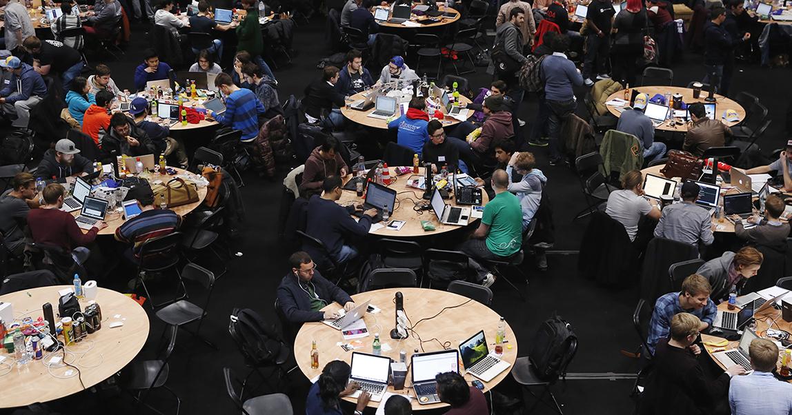 Хакатоны: как стартапу за выходные построить команду, завоевать клиентов и инвестиции