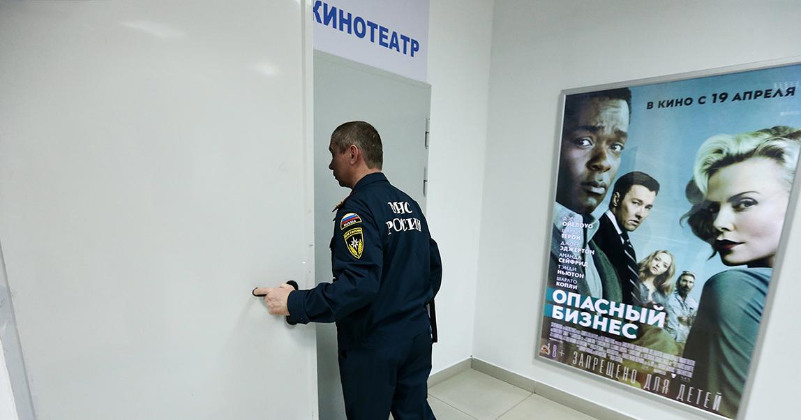 Торговые центры массово закрывают из-за проверок после пожара в Кемерове. Что делать собственникам и арендаторам торговых площадей