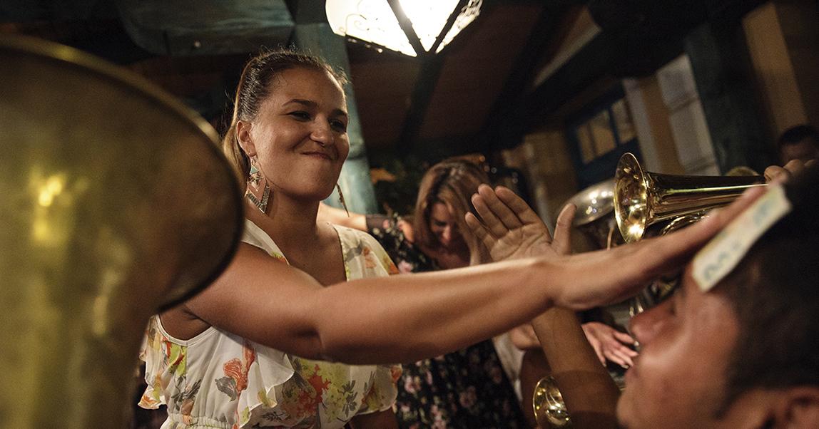 Выручка растет под джаз: как музыка помогает бизнесу зарабатывать