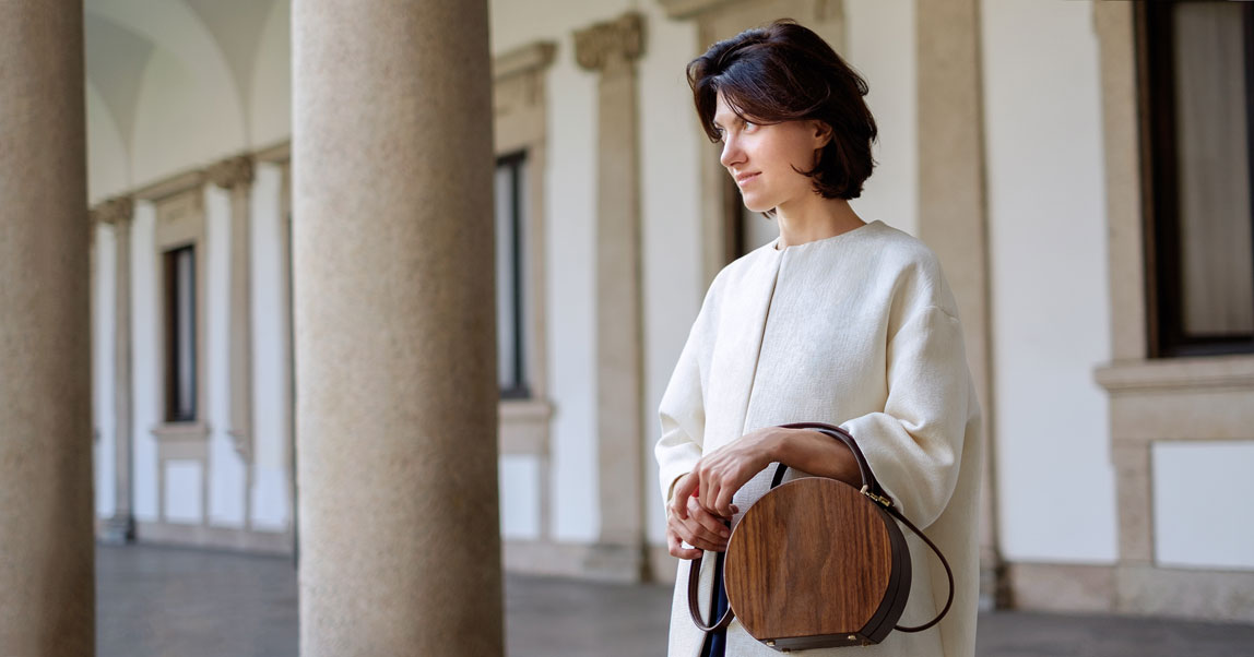 Тяжелый люкс: деревянные сумки BU Wood, которые Ксения Собчак продвигает по любви, а арабские принцессы покупают очень дорого