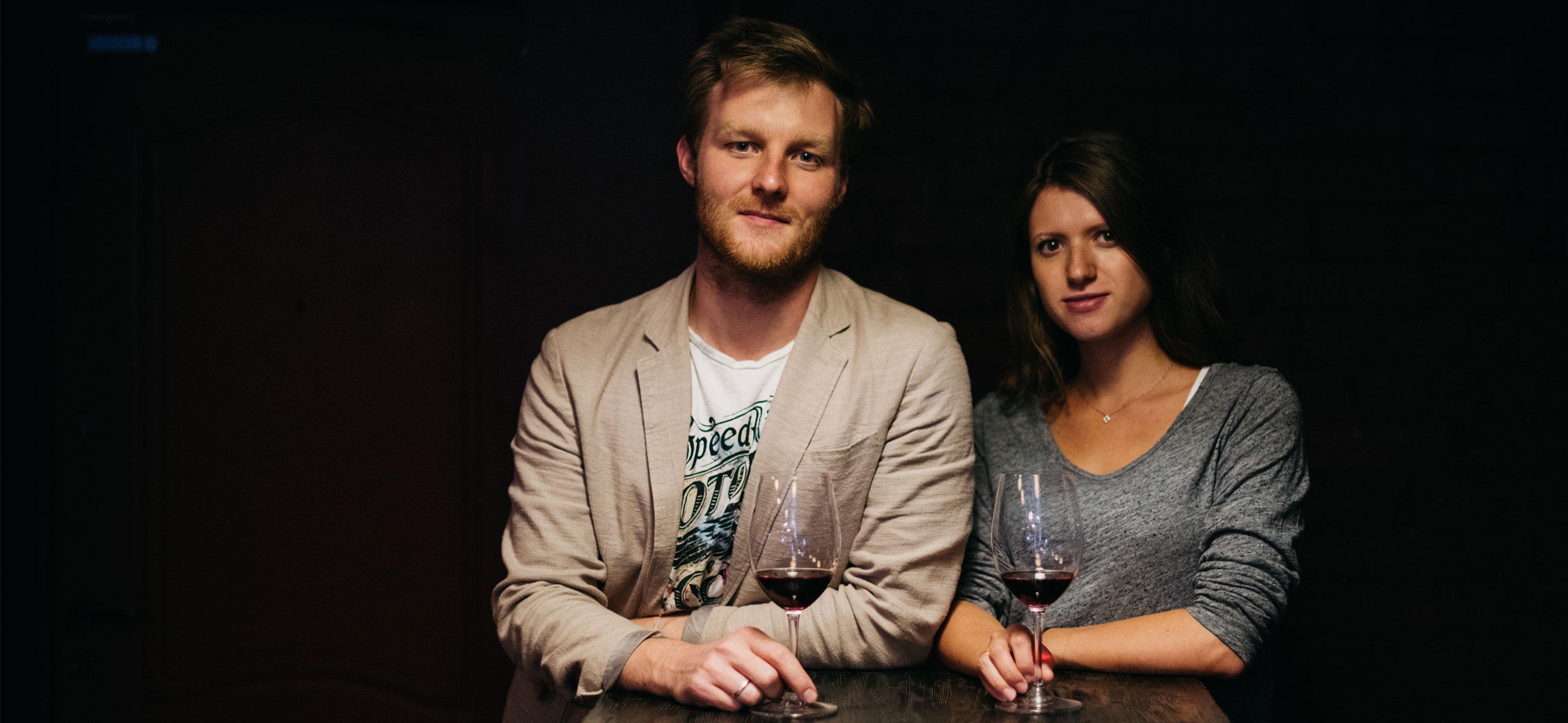 Залезть в бутылку: каклюбитель вина заработал миллион, продавая пиво футбольным фанатам наЧМ-2018, — ипотратил его навинный бар