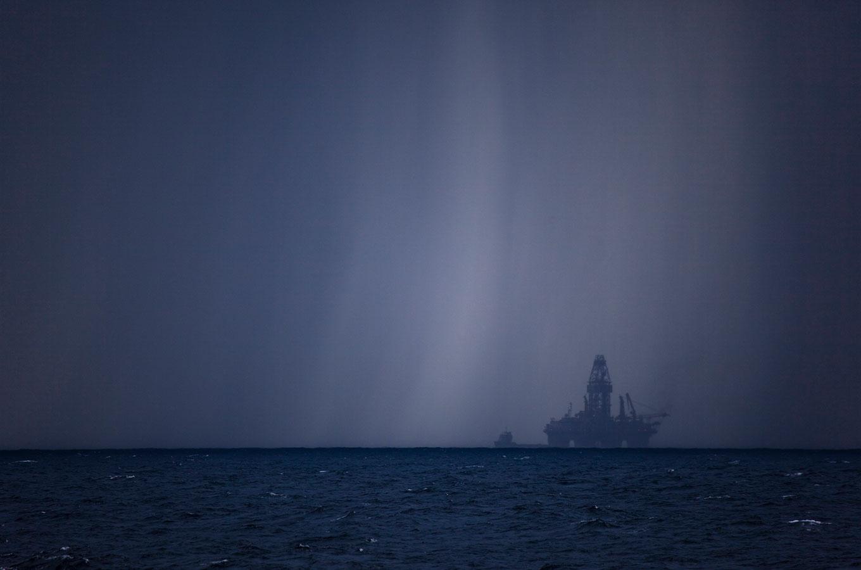Объясняем напальцах: почему падает нефть — ичтобудет срублем?