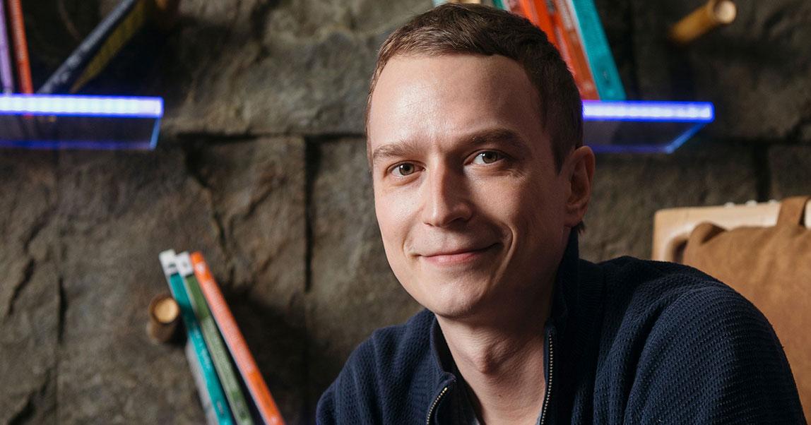 CEO EPICSTARS Владимир Миролюбов: омикроинфлюенсерах, накрутках ивойнеFacebook против платформ длямикроблогеров