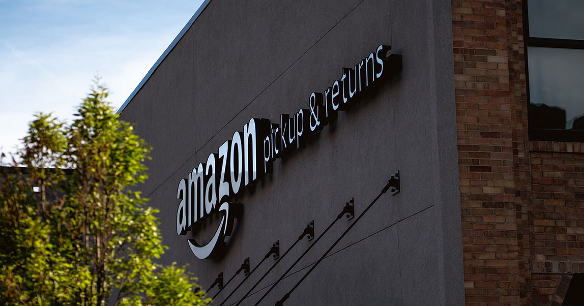История Amazon: изгаража ктотальной доминации