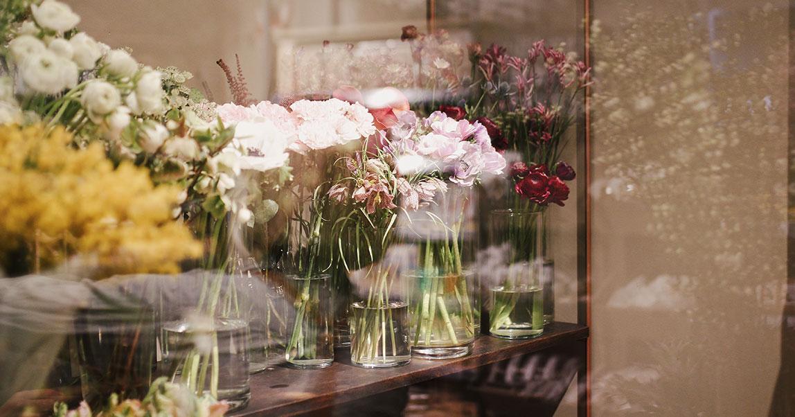 Новые цветочники: как заработать нагортензиях исухоцветах спомощью бородатых флористов иInstagram