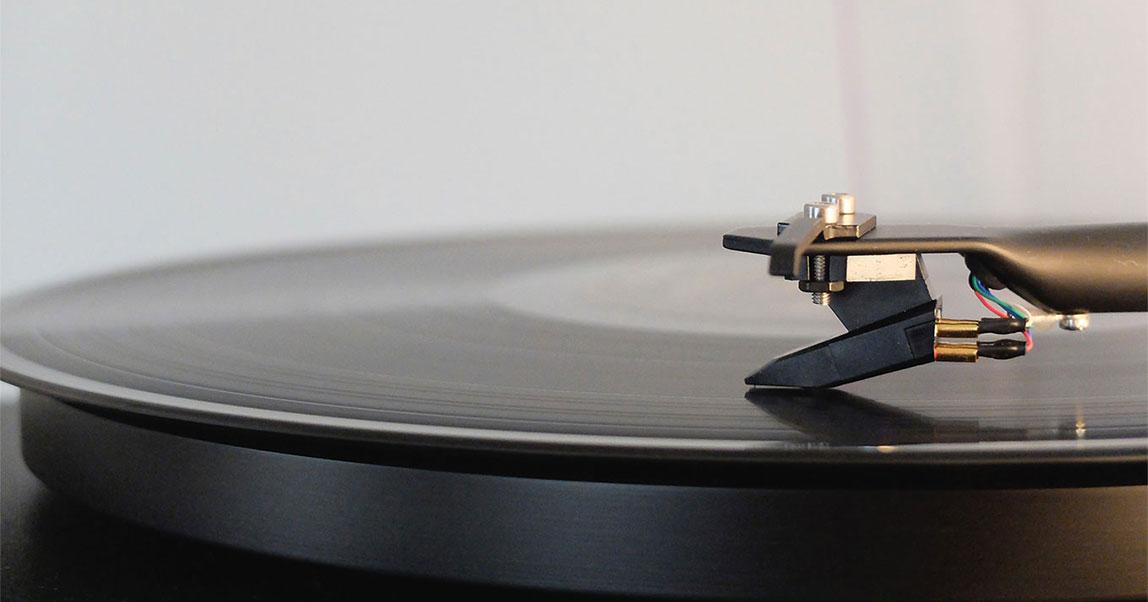 Как увеличить продажи спомощью правильного плейлиста инеотпугнуть покупателей рождественской музыкой