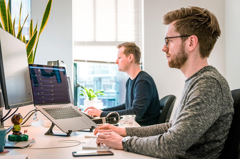 Гики, фрики и солдаты: секреты управления программистами