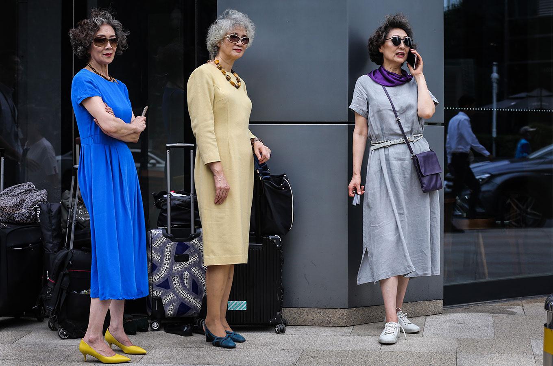 Как модная индустрия избавляется отэйджизма (изачем снимать возрастных моделей врекламе своего бренда)