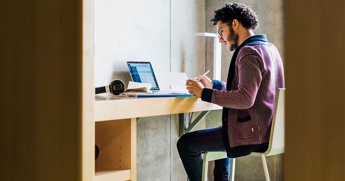 Как продуктивно работать визоляции? Опыт стартапа Miro