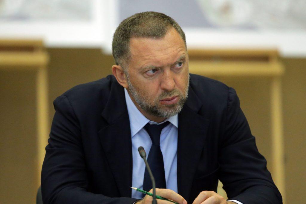 «Пока не поздно — в России нужно вводить полный карантин». Олег Дерипаска оценил опасность эпидемии коронавируса