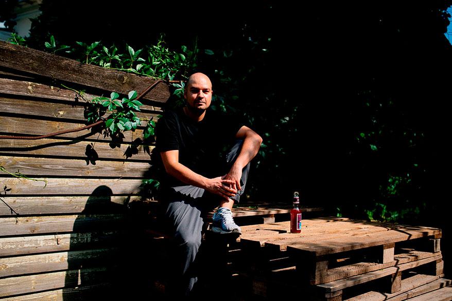 Иван Дорн строит в Киеве музыкальную империю. Мы поговорили с ним и его окружением и узнали, зачем ему это