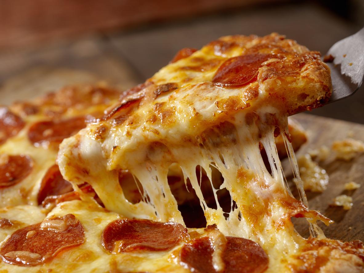 Сервис доставки еды Deliveroo в честь 1 апреля выставил клиентам счета за пиццу на $530. Им было не смешно