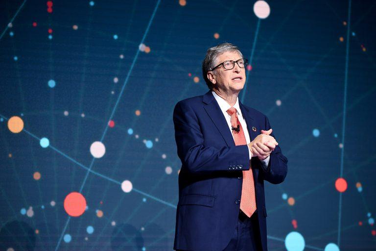 Билл Гейтс призвал развитые страны активнее делиться вакцинами от коронавируса