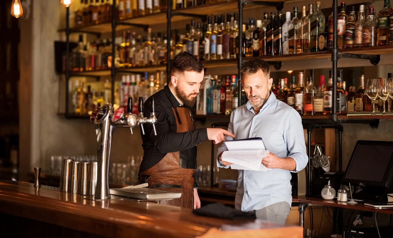 Рестораны повысили цены на 1015% за год