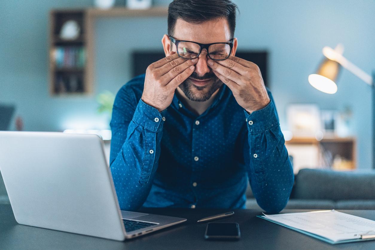 Исследование: рекламщики и маркетологи плохо спят, мало отдыхают и не чувствуют себя в психологической безопасности