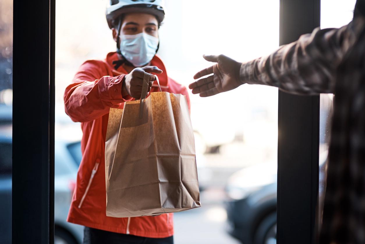 Основатель Формулы такси запустил в Москве сервис доставки готовой еды Где еда