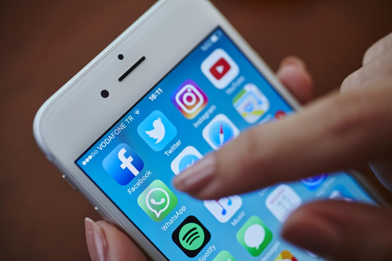 WhatsApp, Facebook и Twitter оштрафовали на 36 млн рублей