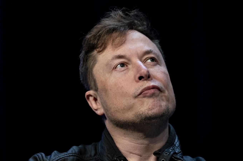 Илон Маск заявил о готовности Tesla работать с мировыми регуляторами по вопросам безопасности