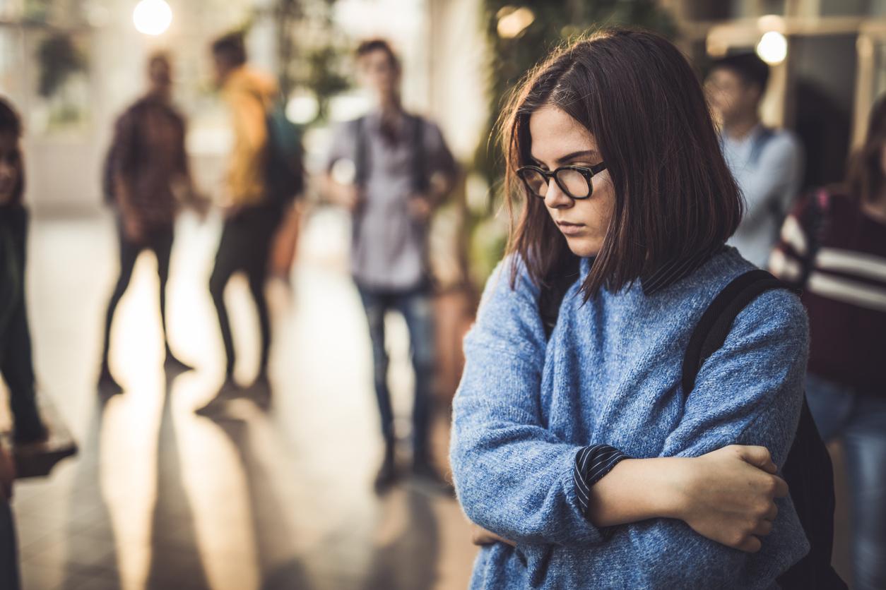 Почти половина молодежи во всем мире испытывает тревогу из-за изменения климата, которая мешает им жить