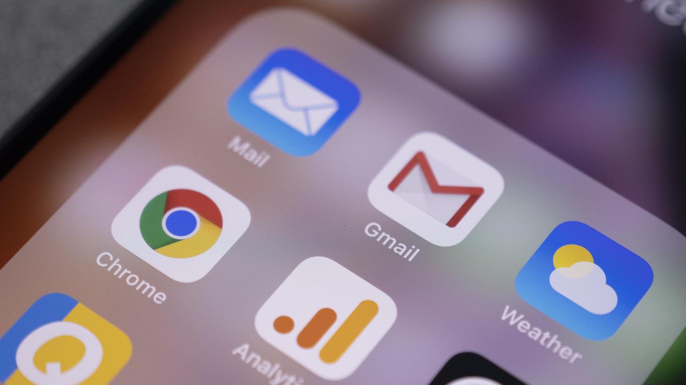 Представителей Google и Apple вызвали на заседание в Совет Федерации