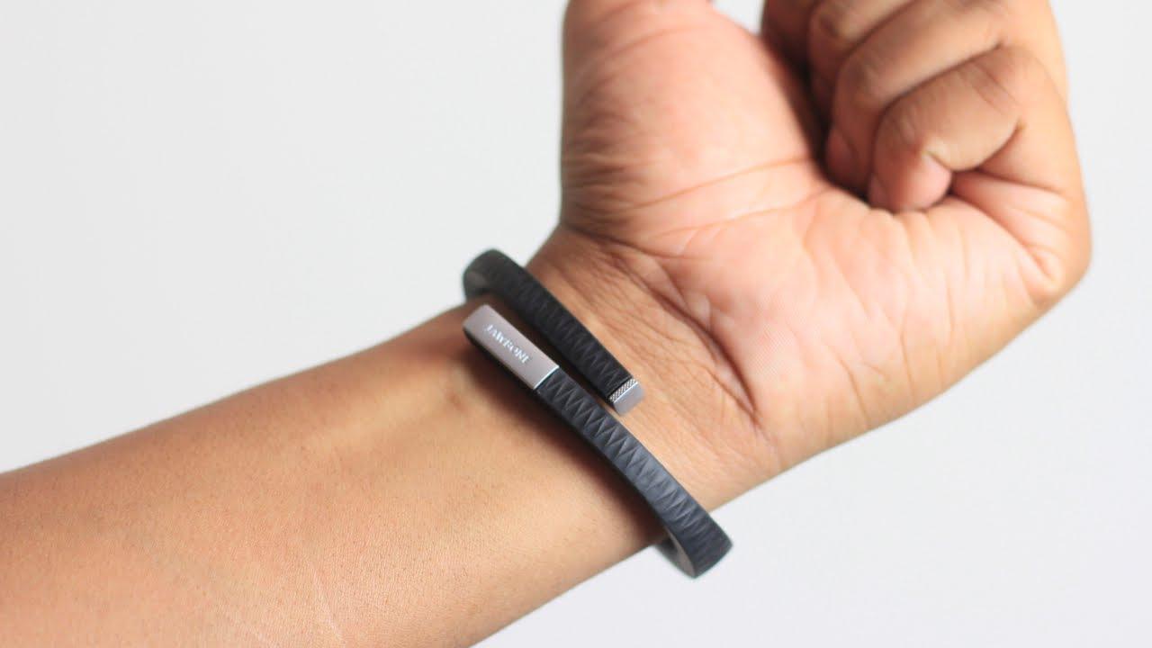 Кто-то из мертвой компании Jawbone подал иск к Apple и Google о нарушении патентов