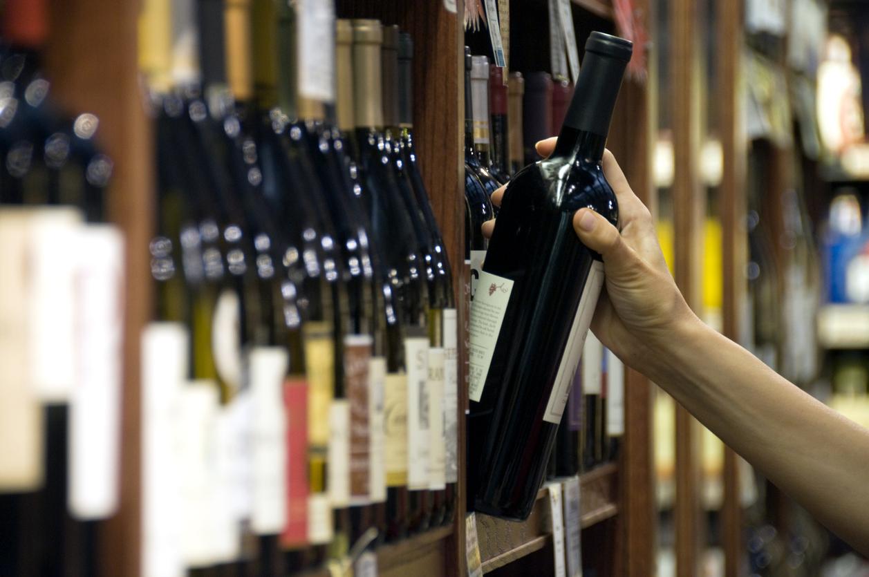 Россияне стали покупать меньше алкоголя