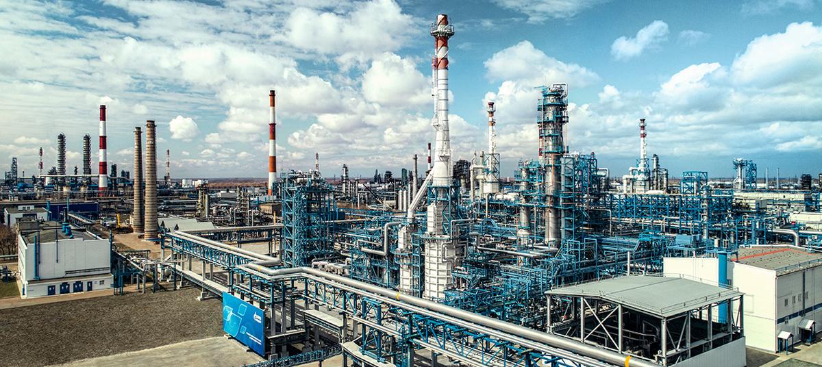 Газпром нефть завод