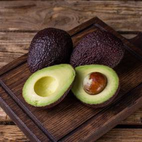 Авокадо хаас, 2 шт. в упаковке