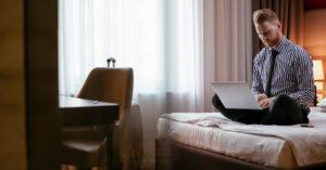 Отели Москвы ввели новую услугу — аренду номеров для работы на удаленке