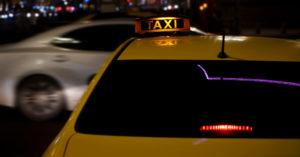 «Ситимобил» заблокировал таксиста — религиозного проповедника и бывшего наркомана