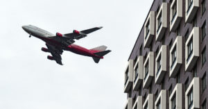 После пяти лет споров многоэтажку у аэропорта Домодедово решили не сносить