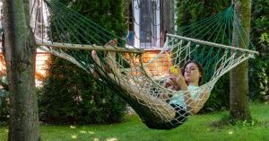 В Госдуме предложили продлить майские праздники за счет сокращения отдыха на Новый год