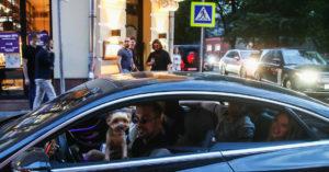 Жители Патриарших предложили закрывать район навыходные длячужих машин