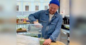 В кафе на Патриарших придумали новую профессию — смузилье