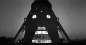Почему Останкинская телебашня до сих пор не памятник архитектуры?