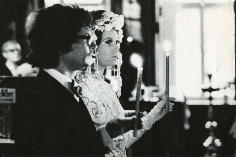 Во время венчания с Эдуардом Лимоновым, 1973