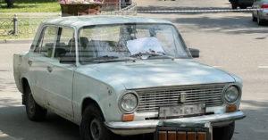 В Нагатинском Затоне хулиганы «заминировали» машину, предложив хозяину «поиграть»