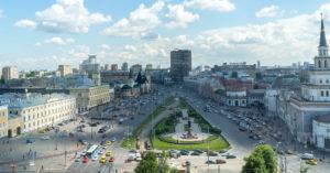 С сегодняшнего дня на Комсомольской площади закрыли парковки у вокзалов