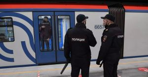 Мужчину, вступившегося за женщину в метро, оштрафовали