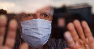 Пожилых — по домам: Собянин объявил в Москве новые ограничения до конца февраля