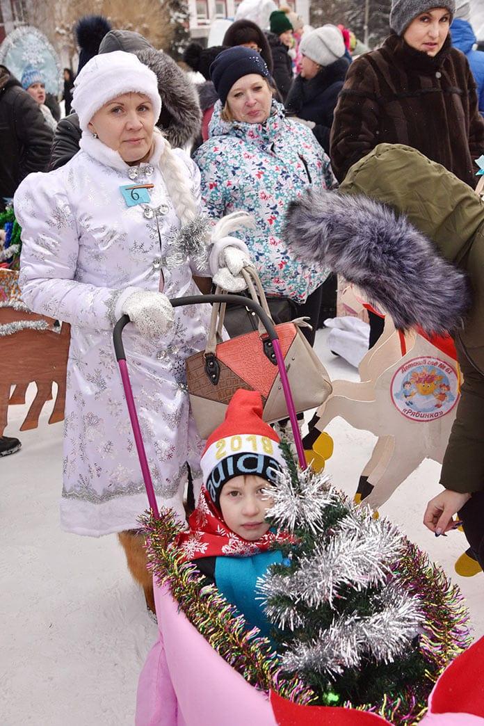 Празднование 80-летия Белово на центральной площади города