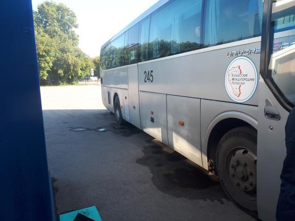 Выехавший из Белово неисправный междугородный автобус сообщением Кемерово-Чемал загорелся на маршруте