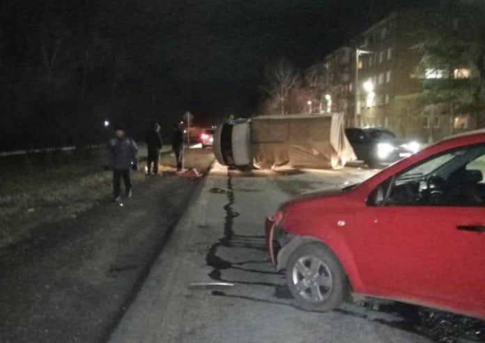 ДТП Инской, легковушка опрокинула Газель, 8 ноября 2019 г