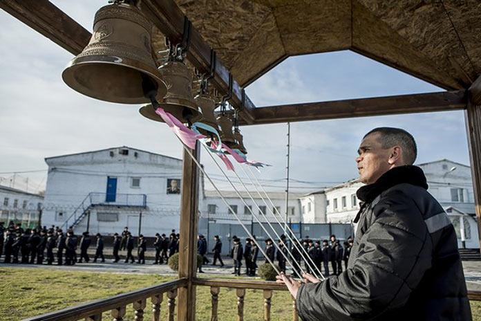 В беловской исправительной колонии №44 появилась звонница