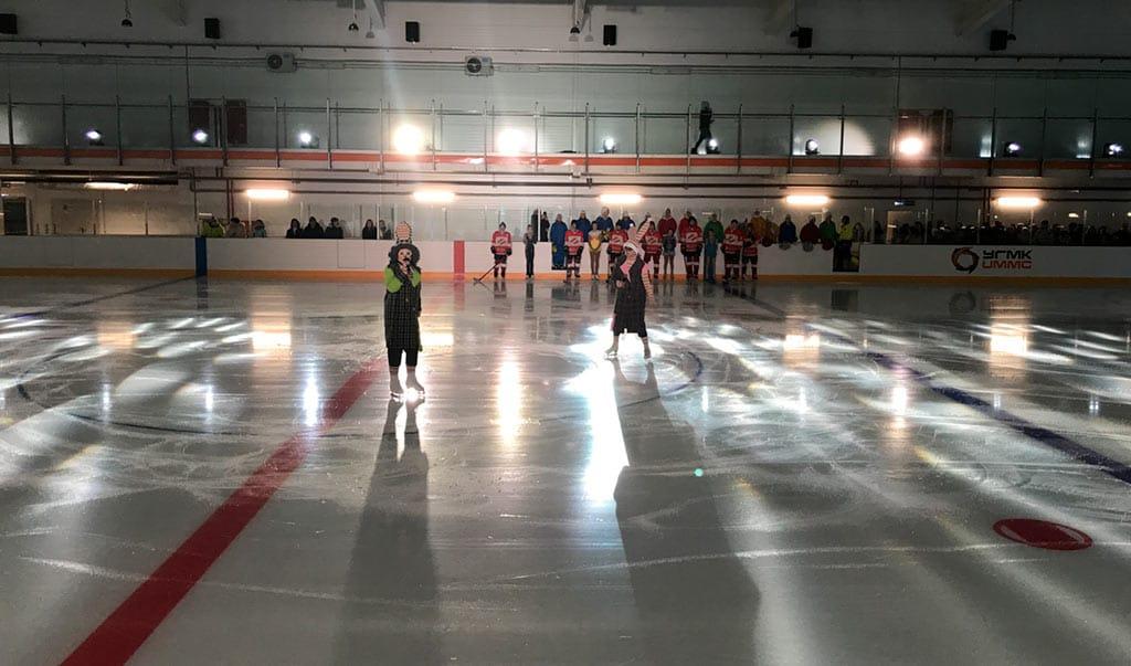 Начало массовых катаний в Ледовом дворце поселка Бачатский, 6 января 2020 г