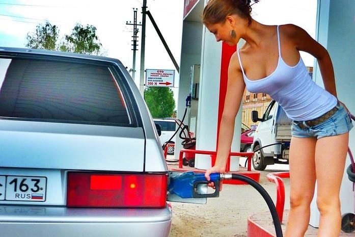 Цены на топливо снова готовы к скачку. А Кремль  наблюдает за этим с большим интересом