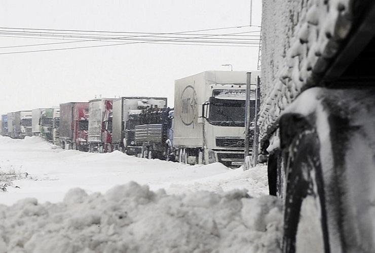 В области вводится ограничение на движение большегрузов