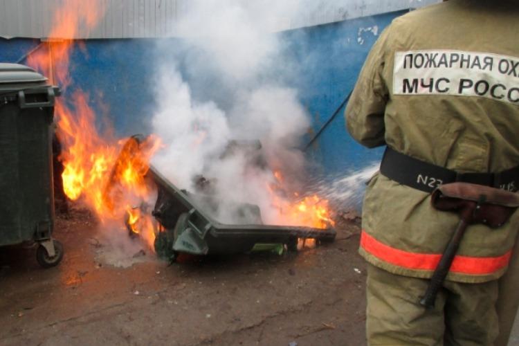 В Балакове горело неэксплуатируемое здание