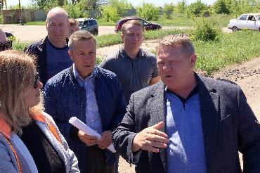 Депутат Панков разбирался в Балакове с проблемами 21-го микрорайона